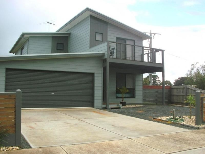 2 Burchell Close, Corinella VIC 3984