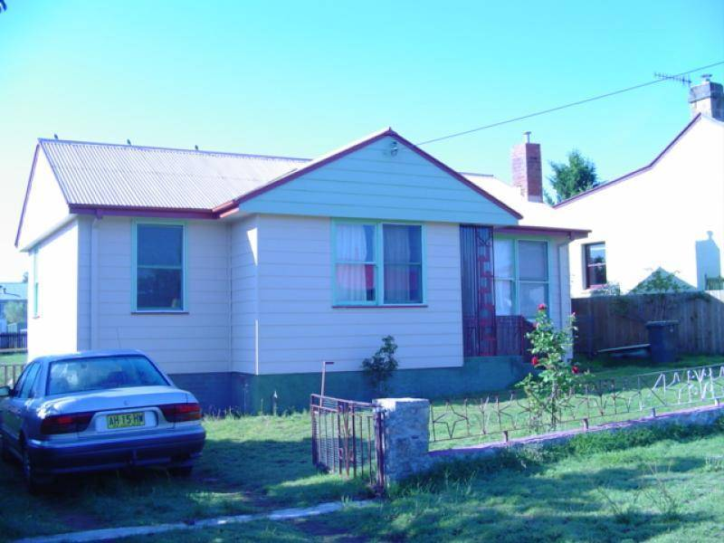 36 Denison Street, Arable NSW 2630