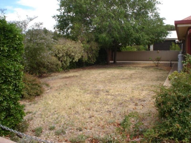 1 Cockburn  Road JAMESTOWN 5491, Jamestown SA 5491