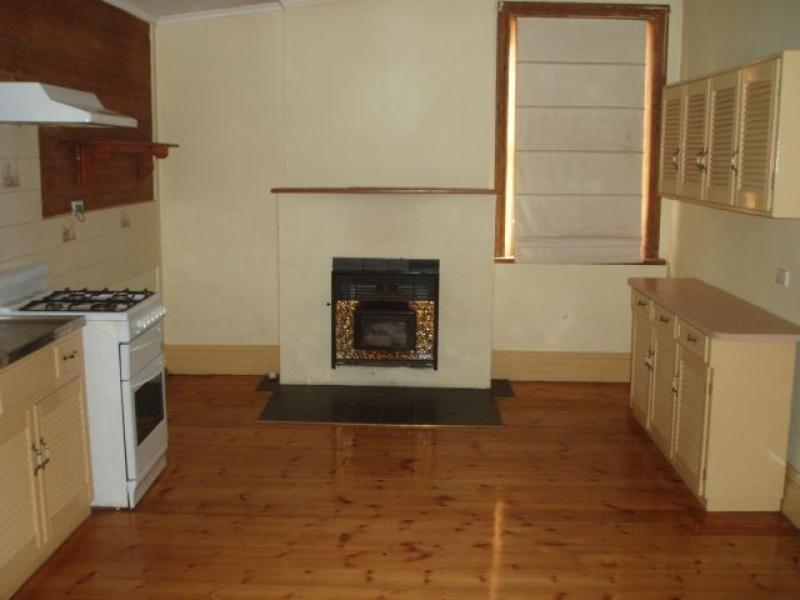 21 Houghton Street JAMESTOWN 5491, Jamestown SA 5491