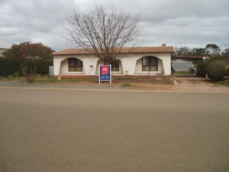 34  Gloucester Road JAMESTOWN 5491, Jamestown SA 5491
