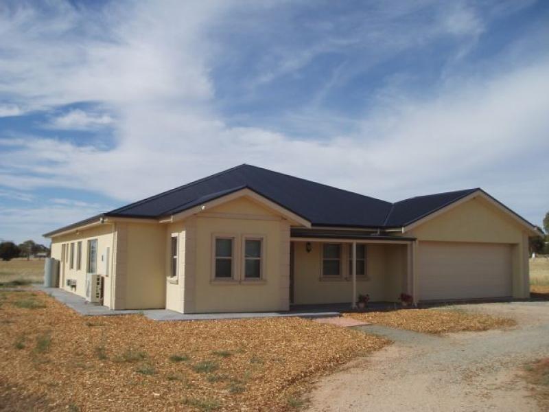 51 South Terrace JAMESTOWN 5491, Jamestown SA 5491