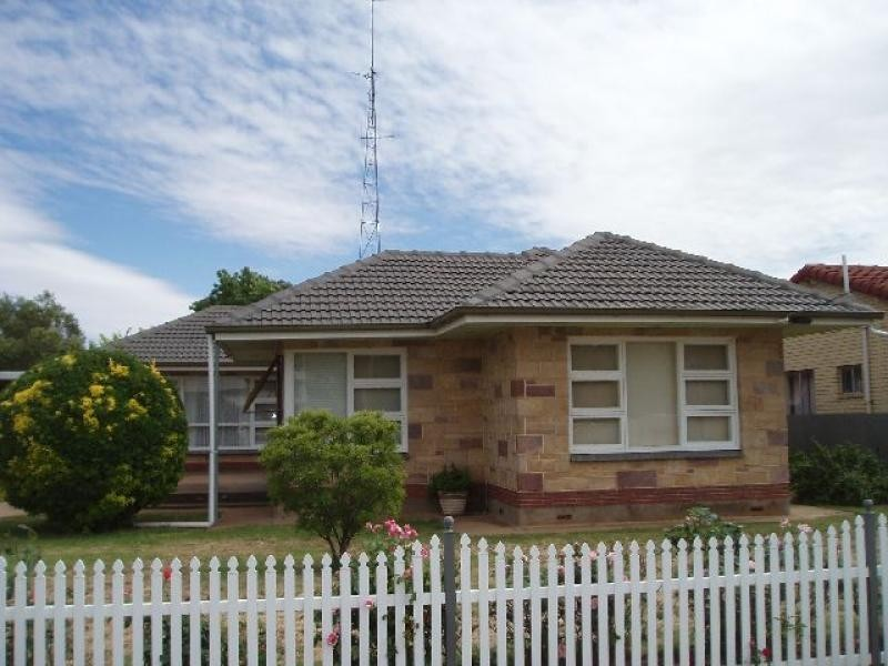 13 Dutton Street JAMESTOWN 5491, Jamestown SA 5491