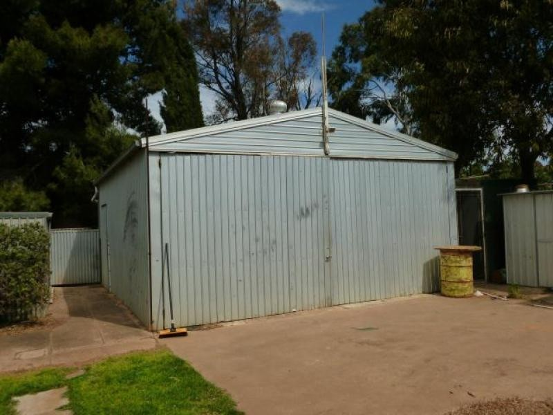 8 Dutton Street JAMESTOWN 5491, Jamestown SA 5491
