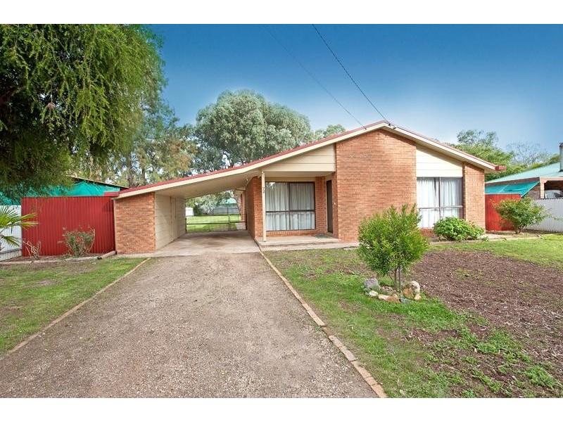 72 Huon Street, Jindera NSW 2642