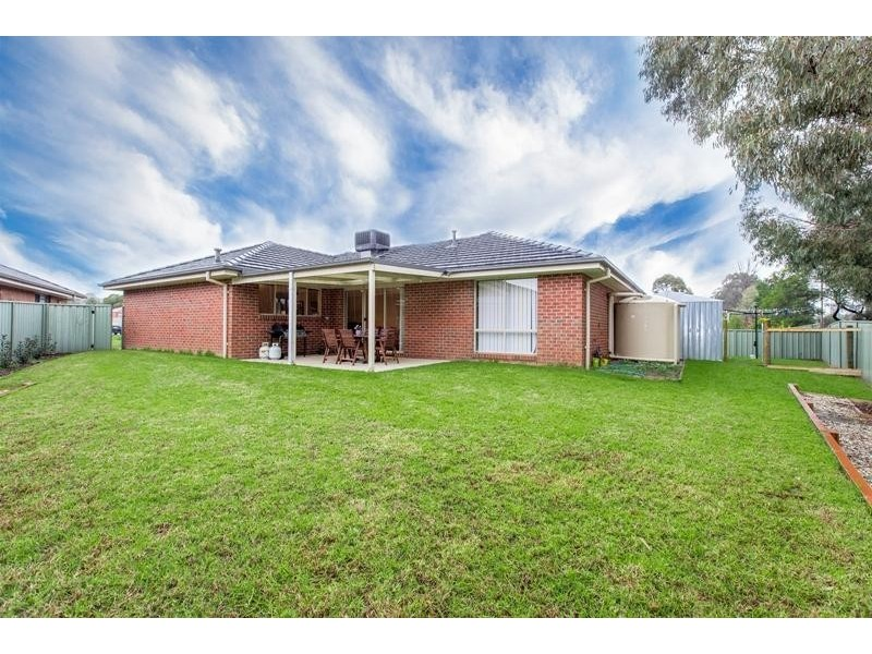 4 Snowgum Place, Thurgoona NSW 2640