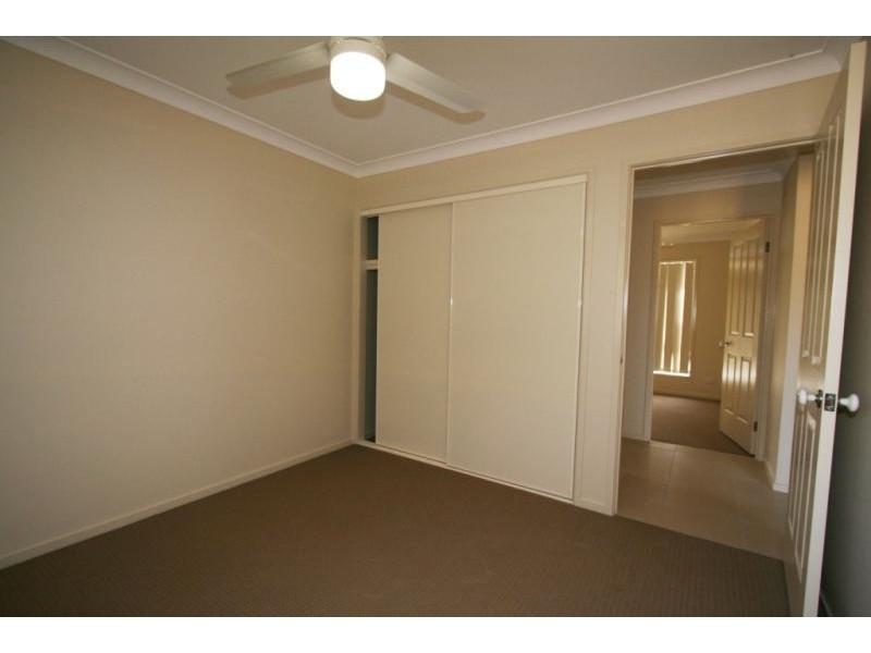 84 High Street, Blackstone QLD 4304
