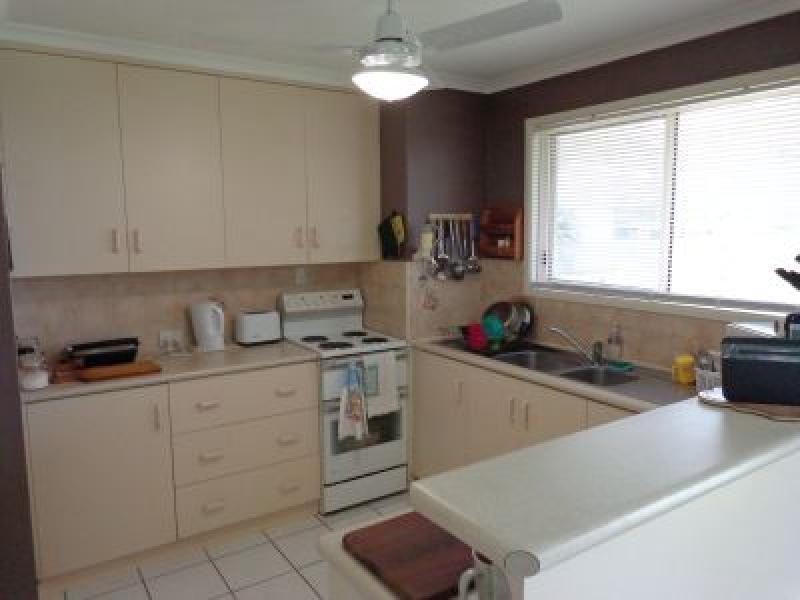 41 Herrenberg  Street, Aldershot QLD 4650