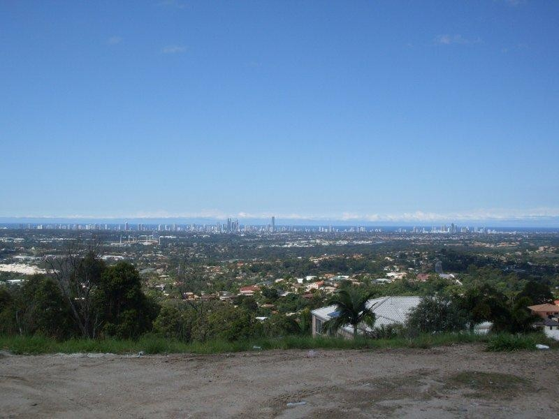 17 Chevron Rise, Highland Park QLD 4211