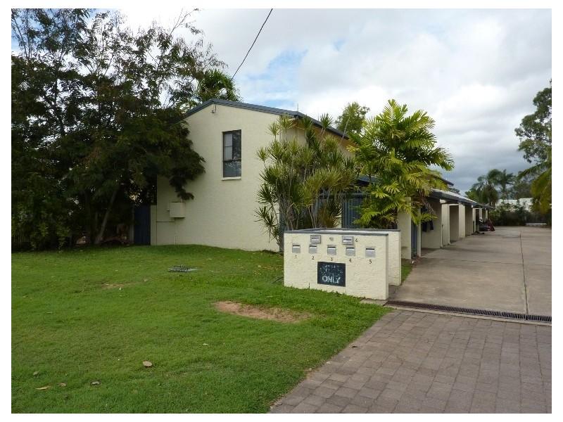 4/30 Princes Road  HYDE PARK 4812, Hyde Park QLD 4812