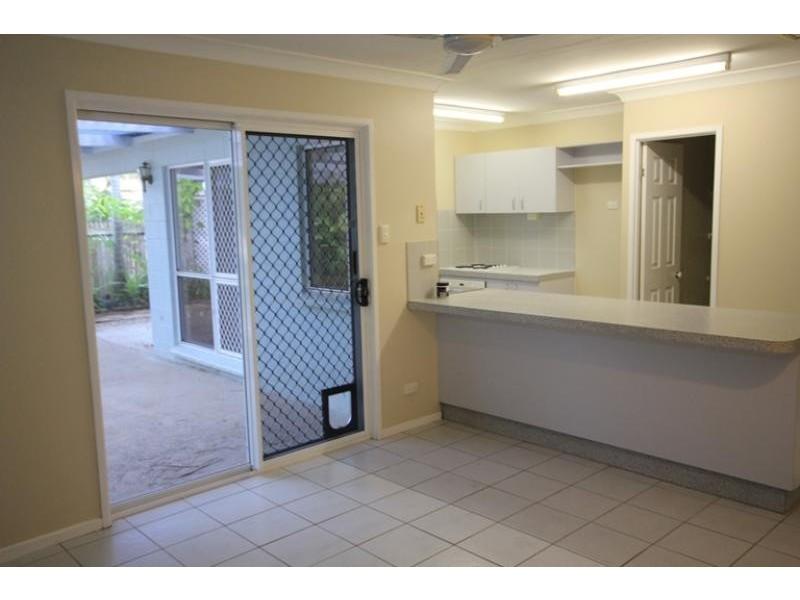 8 Hamish Avenue, Rasmussen QLD 4815