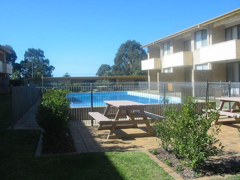 10/230 BEACH  Road, Batehaven NSW 2536