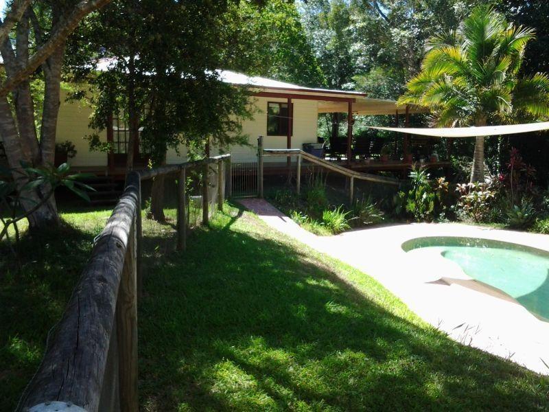 271 Pomona Kin Kin  Road PINBARREN 4568, Pinbarren QLD 4568