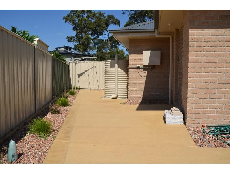 4 Oliver Cove, Broulee NSW 2537