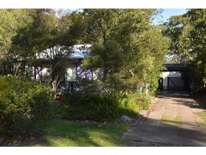 16 Pacific Street, Broulee NSW 2537