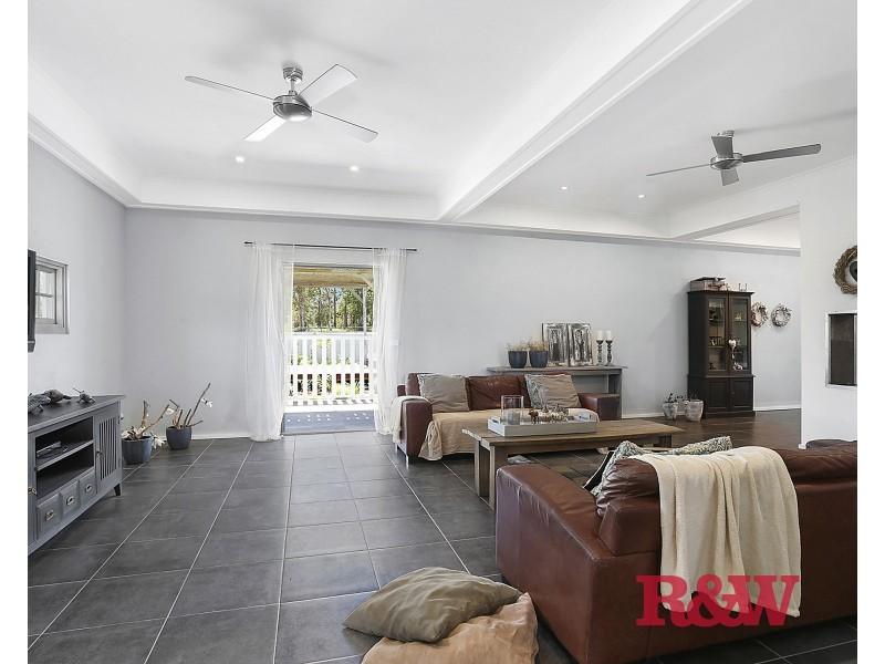 18 Amaroo Place, Cooroibah QLD 4565