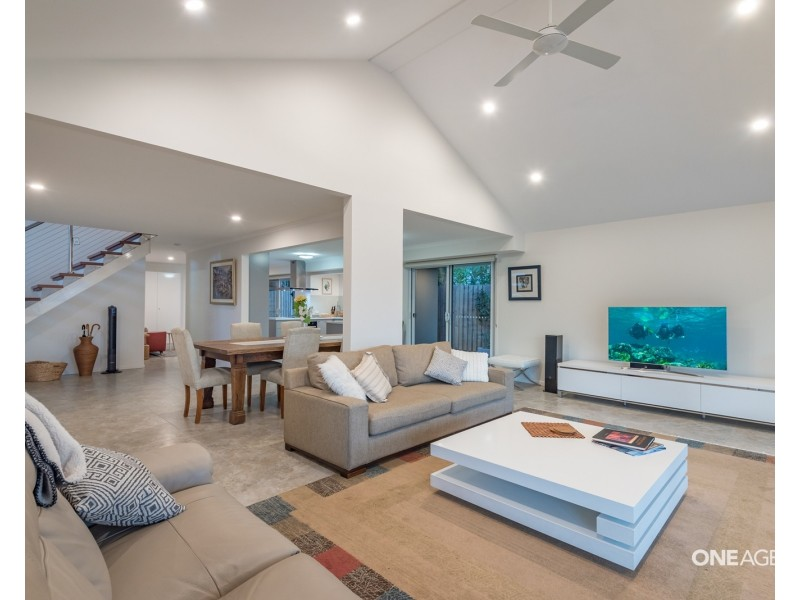 1 Helm Court, Noosa Waters QLD 4566