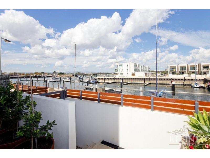 16 Pilla Avenue, New Port SA 5015