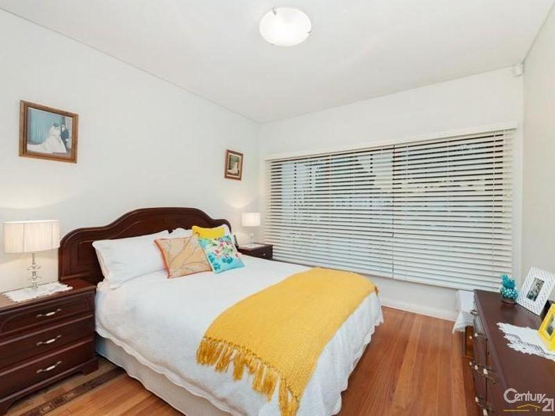 11 Pasadena Street, Monterey NSW 2217