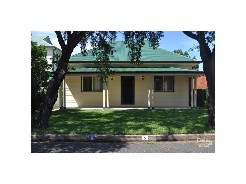 5 Edward Street, Singleton NSW 2330
