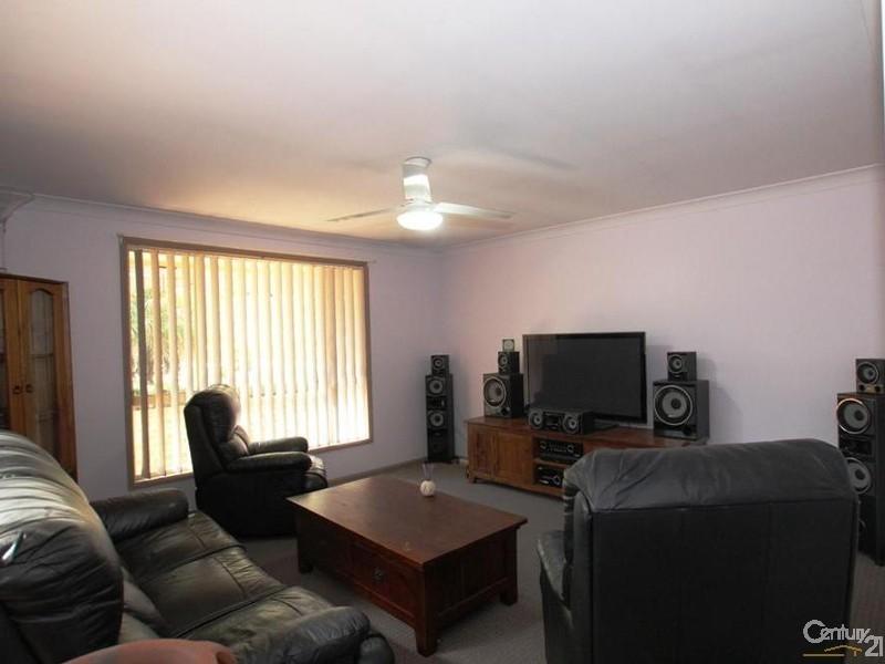 23 Kiandra Crescent, Yerrinbool NSW 2575