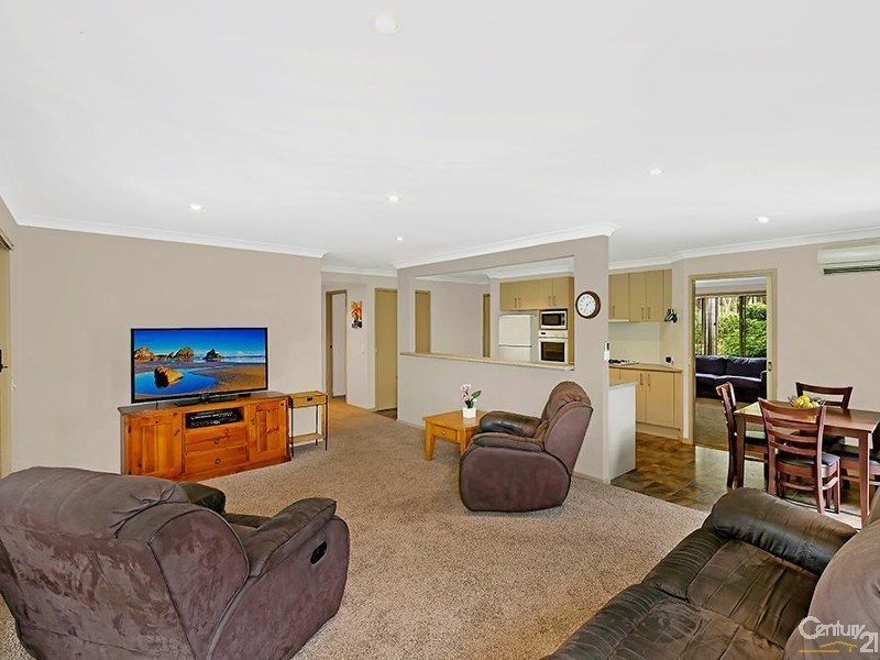 52 Bundeena Road, Glenning Valley NSW 2261