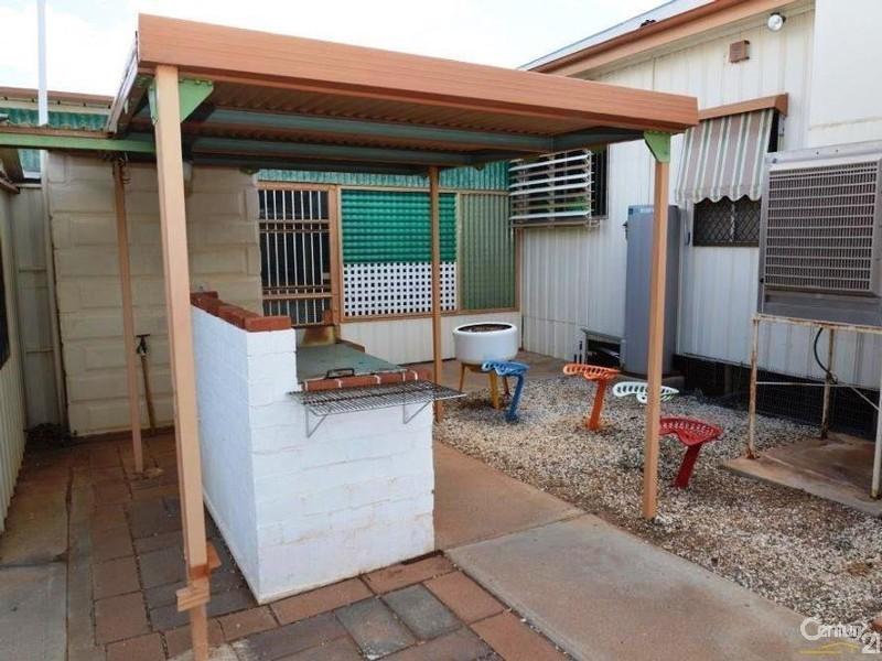 141 Knox Lane, Broken Hill NSW 2880