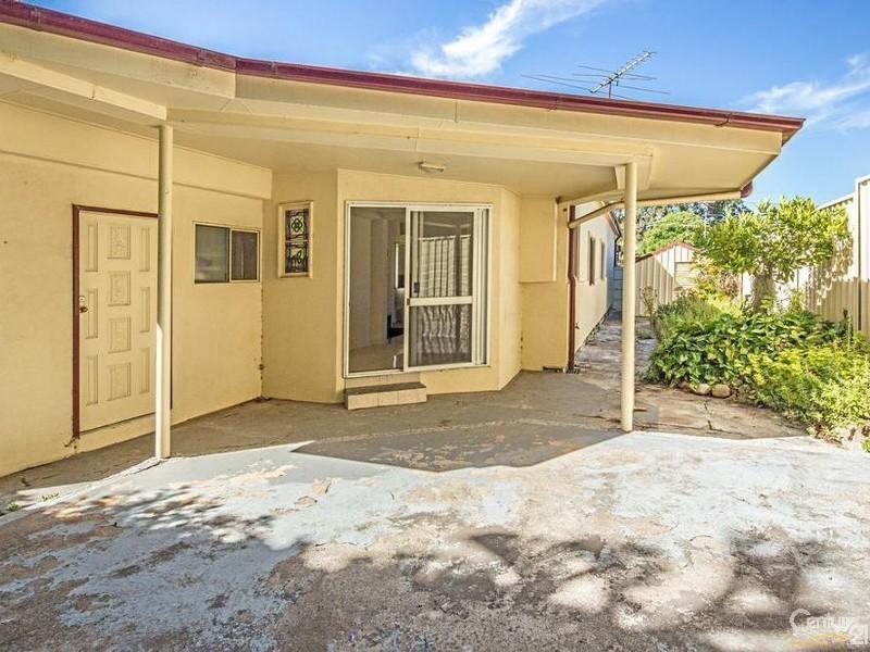 5 Station Street, Tempe NSW 2044