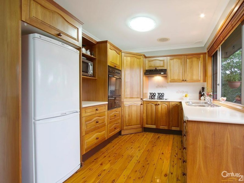 1  Alwyn Ave, Wallacia NSW 2745