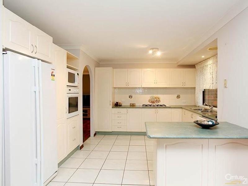 31 Province Street, Abbotsbury NSW 2176