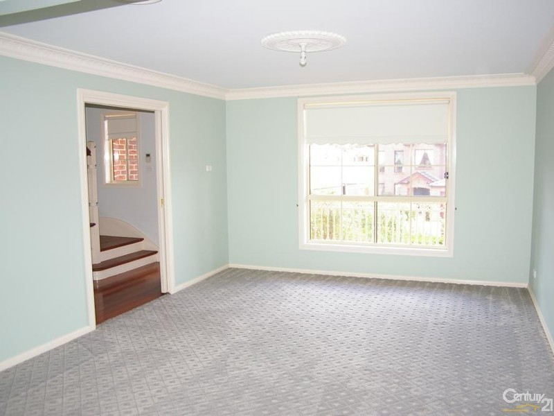 6 Kiernan Crescent, Abbotsbury NSW 2176