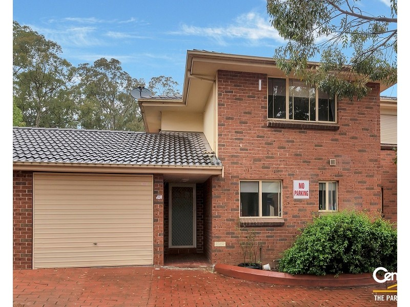2/11-15 Greenfield Road, Greenfield Park NSW 2176