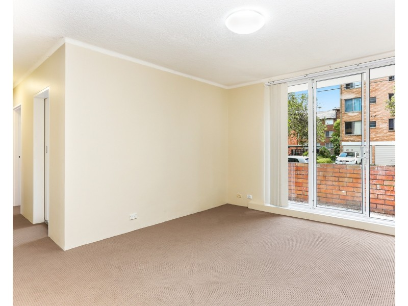 2/5 Grace Campbell Crescent, Hillsdale NSW 2036