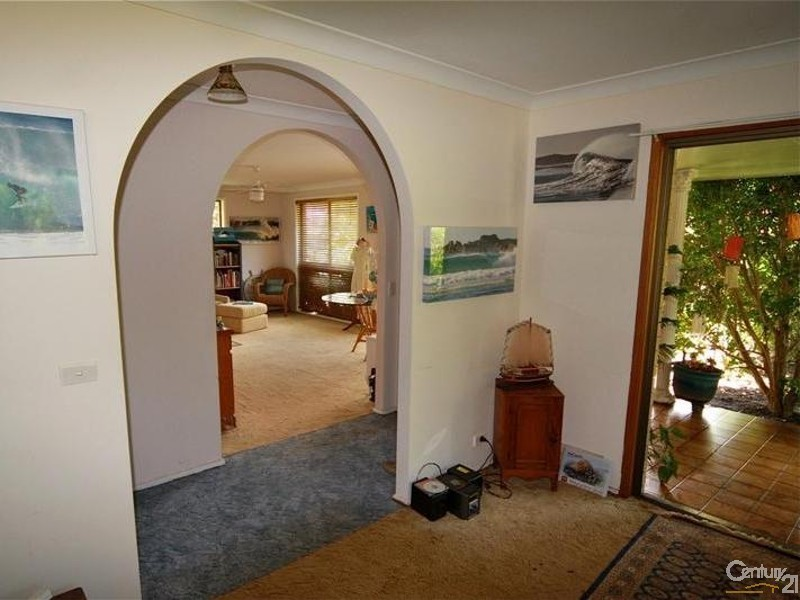 2 Easter Parade, East Ballina NSW 2478
