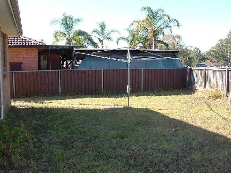 12 Olbury Ave, Airds NSW 2560