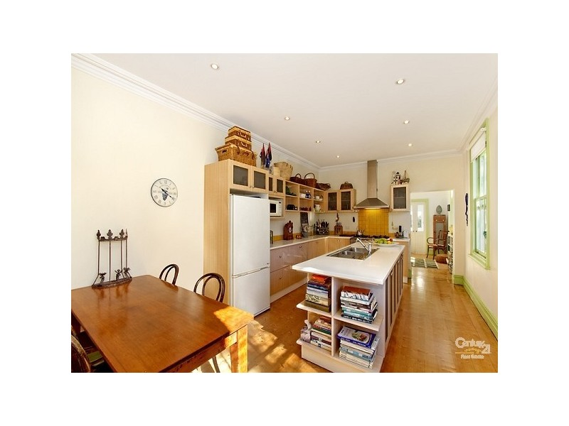 2 Bishops Avenue, Clovelly NSW 2031