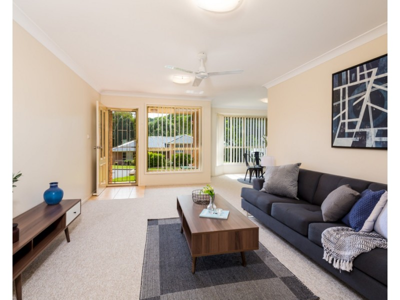 1/8 Garvey Grove, Charlestown NSW 2290