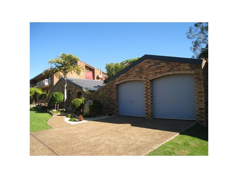 8 Elton Close, Adamstown Heights NSW 2289