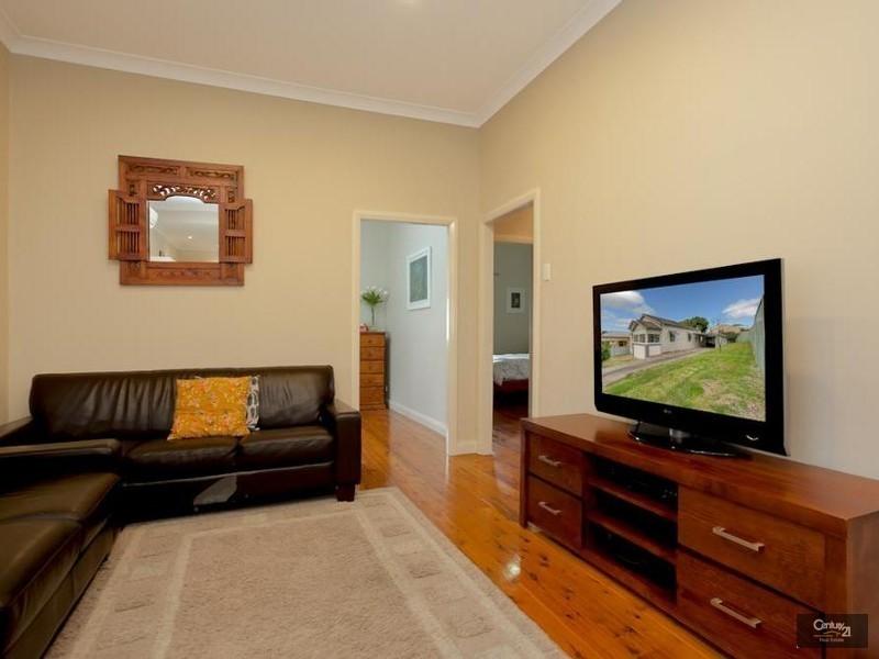5 Brown Street, Adamstown NSW 2289