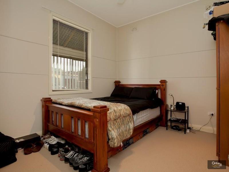 19 Narara Road, Adamstown NSW 2289