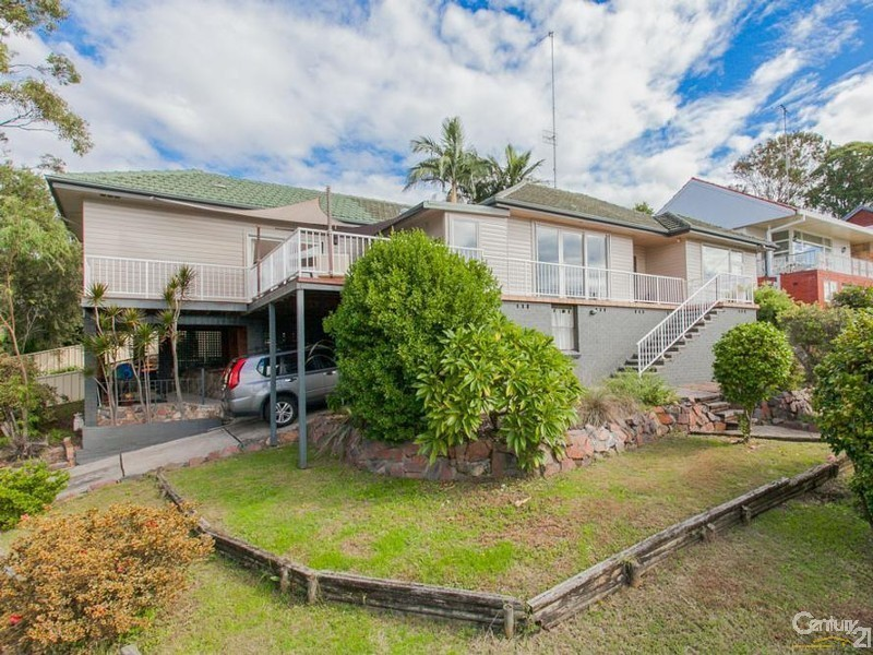 8 Crossland Street, Adamstown Heights NSW 2289