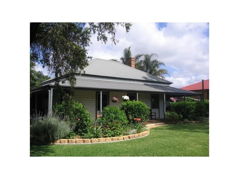 203 Macqueen Street, Aberdeen NSW 2336