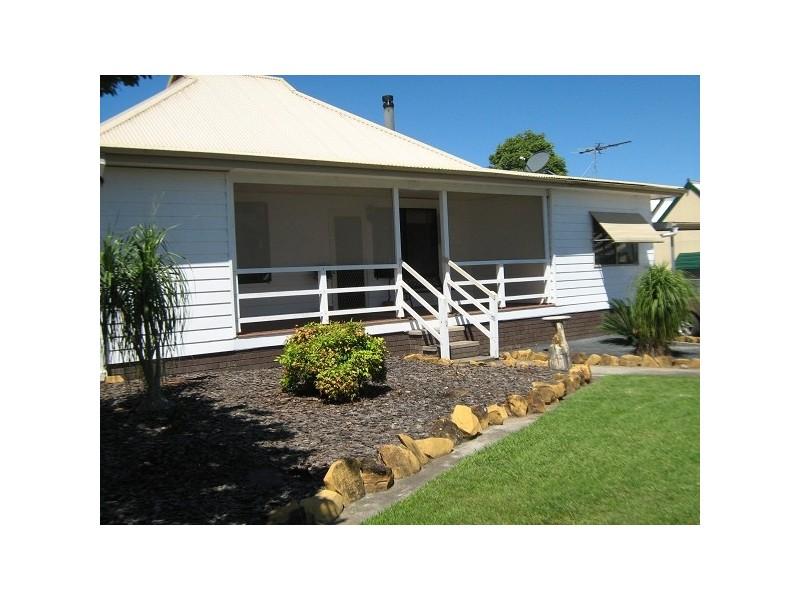 42 Mount Street, Aberdeen NSW 2336