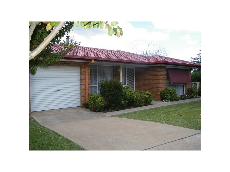 18 Shannon Close, Aberdeen NSW 2336