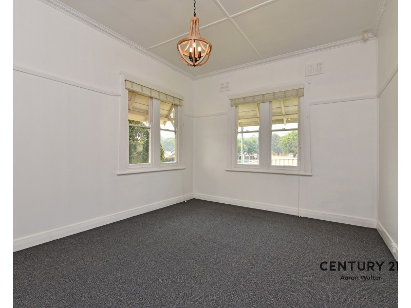 24 Illoura Street, Wallsend NSW 2287