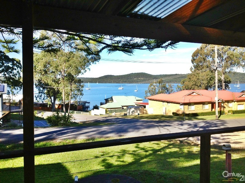 41 Eastslope Way, North Arm Cove NSW 2324