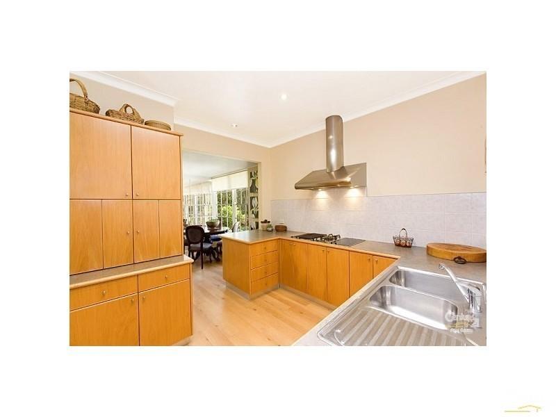136 Pentecost Avenue, Turramurra NSW 2074