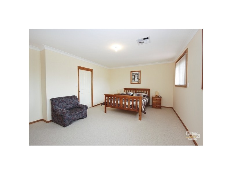 27 Kiernan Crescent, Abbotsbury NSW 2176