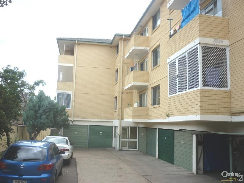 19/11 Gilbert Street, Cabramatta NSW 2166