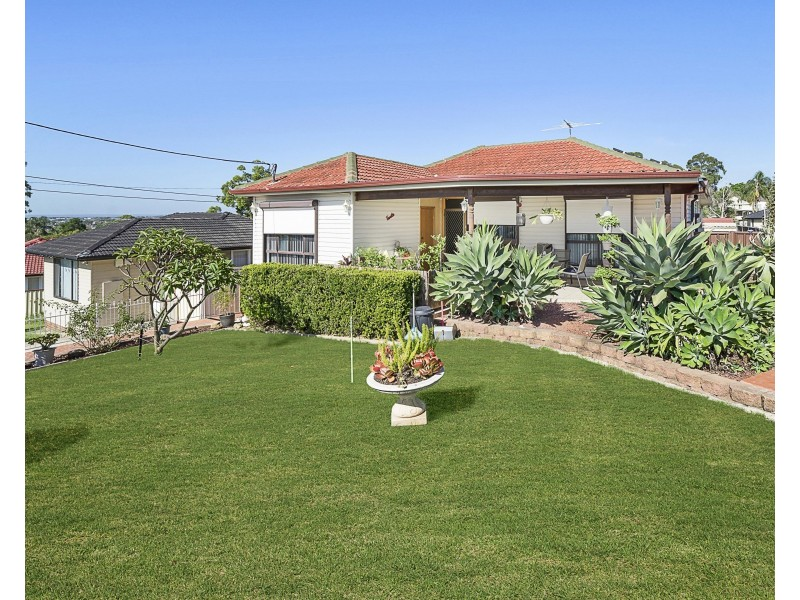 8 Nolan Place, Mount Pritchard NSW 2170